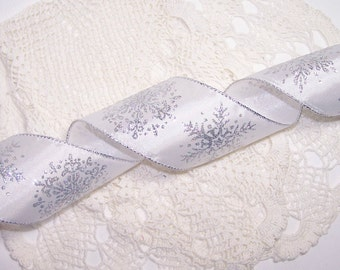 """3 Yards 2.5"""" Silver Snowflake Wired Ribbon White with Silver Glitter Christmas Bow BTY Winter Holiday Wedding Gift Decor"""