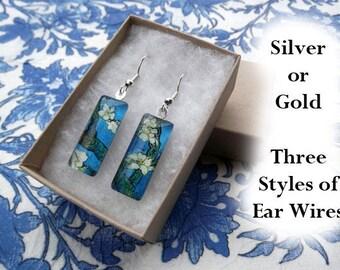 Van Gogh Almond Blossom earrings, Van Gogh earrings, small glass earrings, impressionism, white blossoms, spring flower
