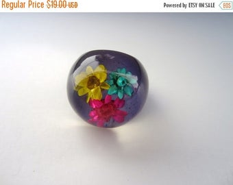 On Sale Vintage 1960'S Purple Ring NOS HIPPIE Dome Flower Plastic lucite ring Boho New old Stock