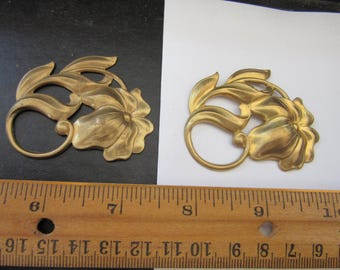 4  pcs  brass stamping  FLOWERS A 505,