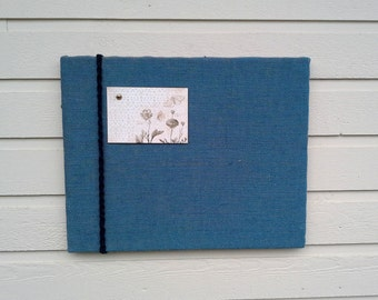 Burlap PinBoard, Burlap Memo or vision Board, Navy Burlap with a side accent of twisted black macrame cord, Country Chic, cabin decor