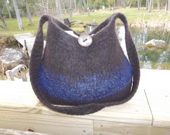 13-1181 Handknitted felted wool purse,tote,handbag fs