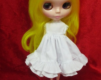 Outfit Clothing costume Handcrafted white dress for Blythe doll 98-7