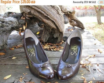 BEAUTIFUL MADMEN AUTUMN  Kitten Heel Brown Selby  Circa 1960s Made in America Fab Condition Size 7 B