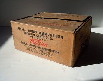 Vintage Ammunition Paperboard Printed Box / Western Cartridge Company / 22 Long Rifle Expert Cartridge Box / Distressed Dusty Paper Box