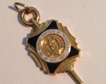 GA TECH 1950's Pendant, Seal of Georgia Institute of Technology -- Georgia Tech! Vintage and Gorgeous!