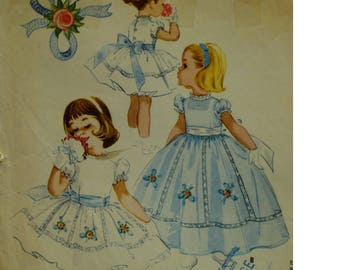 Girls 60s Party Dress Pattern, Flower Girl Dress, Full Skirt, Puff Sleeves, Fitted Bodice, Embroidery, Lace, McCalls No. 2385 Size 5