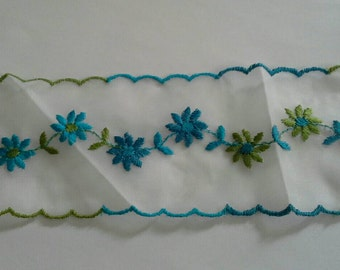 Sheer Embroidered Scalloped Sewing Trim Blue and Green 11 Yards by 2 3/4  Inches Wide L0581 Will Divide