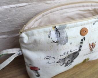 Large make up bag - Charles Darwin
