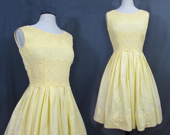 Yellow Full Skirt Dress - Cotton - Pin tucked bodice with Cluny Lace - 1950s-60s - S-M