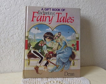 Book: A Gift Book of Enchanting Fairy Tales, Janet and  Anne Grahame Johnstone, 1983.