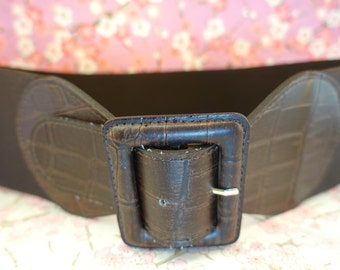 Vintage brown rubber and polyester stretch large belt, The Limited large brownboho chic hipster belt