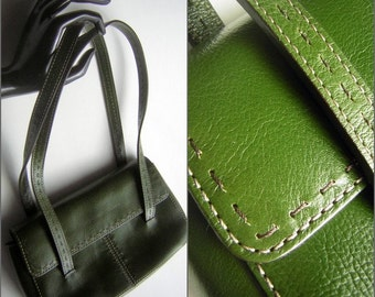 Green Leather Purse Vintage Top Handle with Two Tone Top Stitch Details