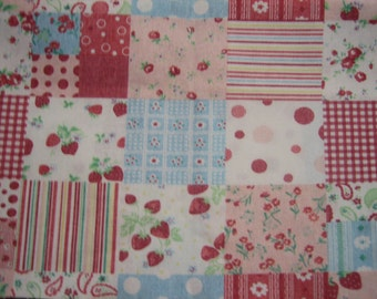 Strawberry patchwork  pattern by Yuwa 1/2 yard