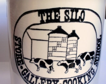 Crock ADVERTISING The Silo Cooking School Hunt Hill Farm New Milford Connecticut Crockery Stoneware Pottery Vintage 1970s - 1980s Container