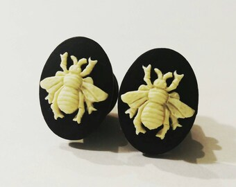 Bumblebee Bee Plugs for stretched ears, Sizes 1/2 inch, 00g, 0G, 2G, 4G , 6G, 4mm, 5mm, 6mm, 8mm, 10mm, 12.7mm