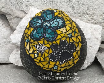 Teal Flower w/Yellow, Black Paw Print - Garden Stone, Pet Memorial, Garden Decor'