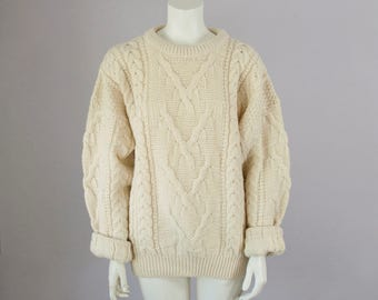 80s Vintage Cream Wool Cable Knit Crew Neck Sweater. Oversized Sweater (S, M, L)