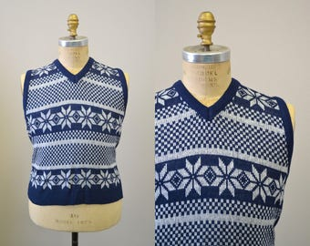 1970s Navy Men's Sweater Vest