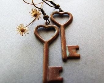 Key Earrings, Rustic Key Heart Earrings, Romantic, Retro, Gift for Her, Dangle Retro Heart Key Earrings