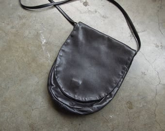 Vtg 90's Rounded Black Soft Genuine Leather Shoulder Flap Purse Small