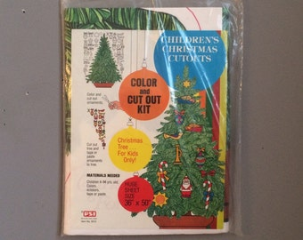 Vintage Craft Christmas Kitsch 1970s art Project Children's Christmas Color and Cutout Kit Wall hanging