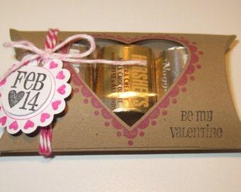 10 Valentine Pillow Box Holders