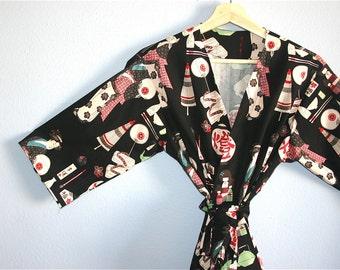 Asian Inspired Kimono.  Japanese Kimono.  Geisha girl Kimono. Black Yukata.  Kimono Robe.  Japanese Dressing Gown. Black Kimono Robe.
