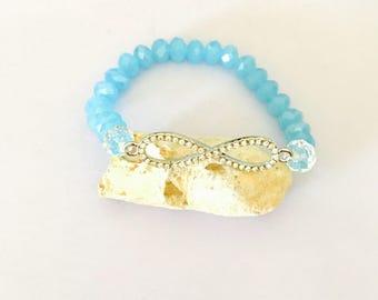 Infinity Bracelet, blue crystals, stretchy, beaded, layering, handmade, item no. De 431