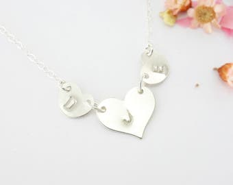 Necklace Mother and Child New Mom Gift Dainty Heart Children Initials Personalized Her Family Necklace Baby Shower Gift