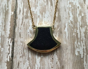 Gorgeous navy sandstone necklace