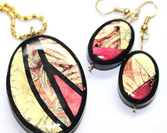 Oval Pendant and Earring Mixed Media OOAK Set - Gold / Fushia / Black |PC-236