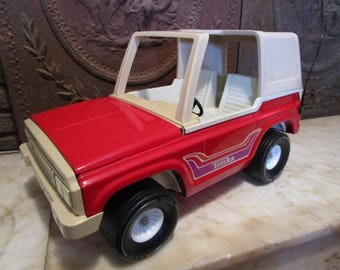 Giant,vintage,1970s, red and white, 'Tonka' Bronco.