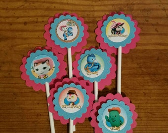 Sheriff Callie inspired cupcake toppers