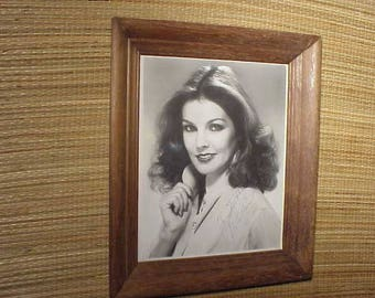 Signed Vintage Priscilla Presley Autograph Framed Glossy Photo Picture to Dyehi?