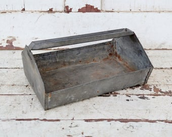 Vintage Small Metal Tray Galvanized Tool Box Handled Caddy Gathering Tray Tote Rustic Primitive Industrial Farmhouse Decor Repurpose