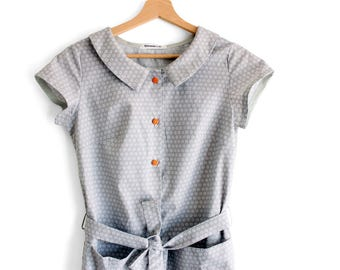 Retro dress, summer dress, cotton dress. Peter pan collar. Petite clothing, petite dress. Comfy dress. Sustainable clothing, made in Italy.