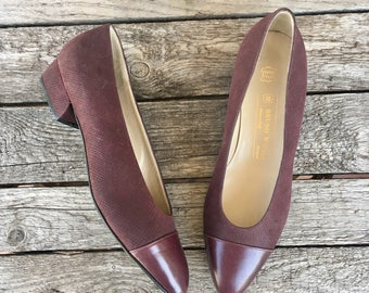 9.5 B   Women Bruno Magli Kitten Heel Shoes Cap Toe Textured Leather in Burgundy Flats
