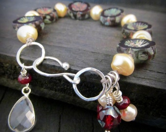 Boho knotted bracelet -  Bohemian jewelry, red, creamy white beaded bracelet with silver findings