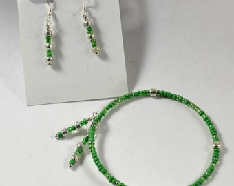 Bracelet & Earring Set:  Delicate Greens