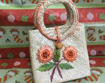 Vintage 1960's Straw Handbag 60's Beach Purse Raffia Handbag Coral Flowers Straw Handbag