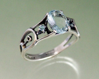 QCF 8x6 Aquamarine with 2mm Aqua Accent Stones in Sterling Silver ~ Size 6 1/2