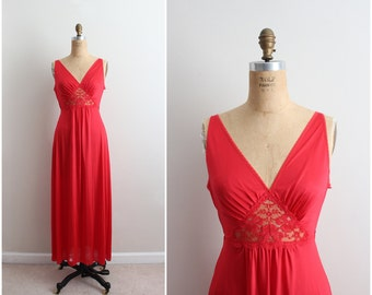 Vintage 70's Nightgown Red Slip Dress / Full Slip/ Wedding Slip/ Lace lingerie/ Size S/M