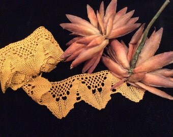 Vintage Mustard Yellow  Linen Lace, Vintage Sewing Supplies, Vintage Craft Supplies