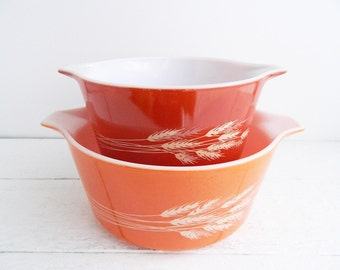 2 Vintage Pyrex Autumn Harvest  Round Casserole Dishes - Orange Red