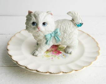 Vintage White Cat Ring Dish, Figurine & Scalloped Saucer Trinket Holder, Kitschy Jewelry Display