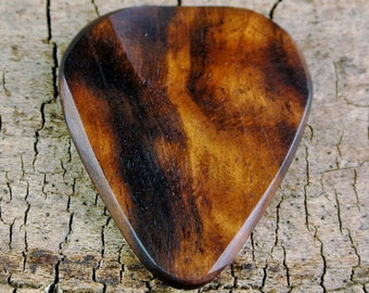Macassar Ebony - Wooden Guitar Pick - Wood Guitar Pick - Wood Plectrum - Exotic Wood - Wood Gift