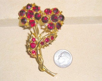 Vintage Flower Brooch With Red Crystal Rhinestones 1960's Jewelry 10061