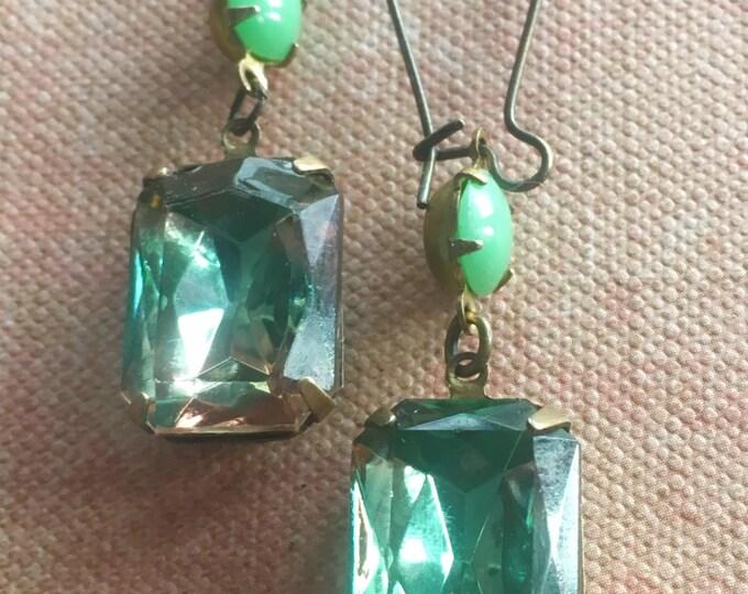 Jewelry Earrings Green Dangle and Drop Earrings
