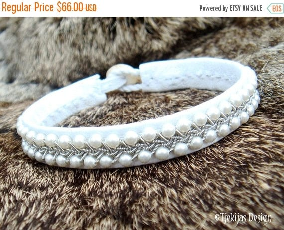 Tin Thread Embroidery Sami Bracelet SKINFAXE Arctic Bracelet in White Reindeer Leather with Braided Pewter and Swarovski Pearls